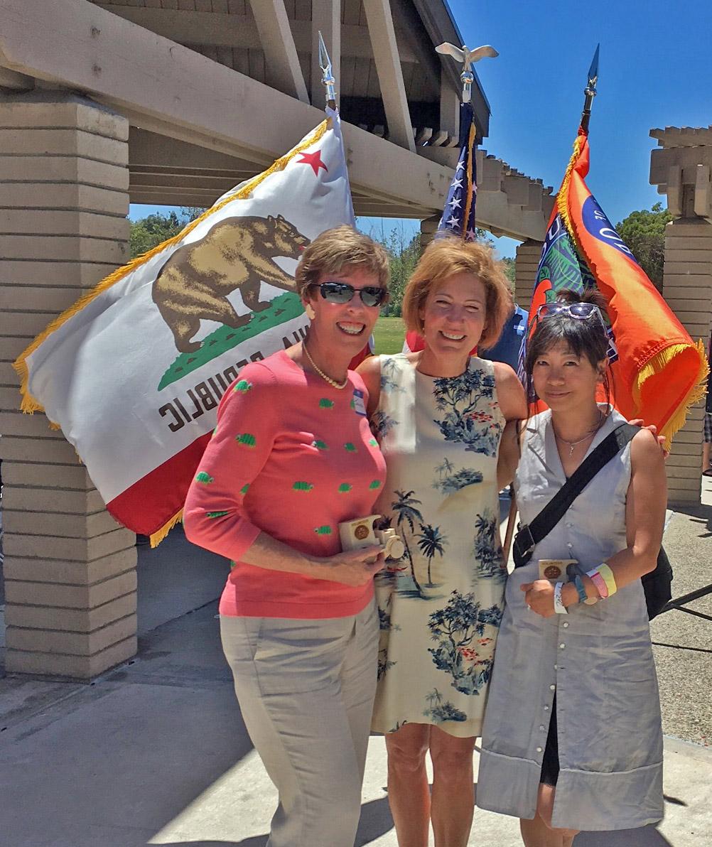 Janette, Helen, and Sheriff Sandra Hutchens